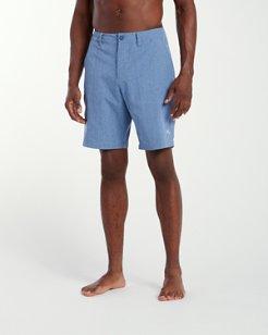 Cayman Isles 9-inch Hybrid Board Shorts